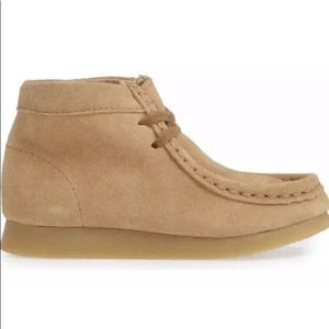 Footmates Sz 12 W Wally Chukka Boots Leather Suede
